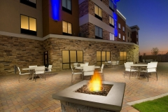 Waco-Holiday-Inn-espress-fire-pit